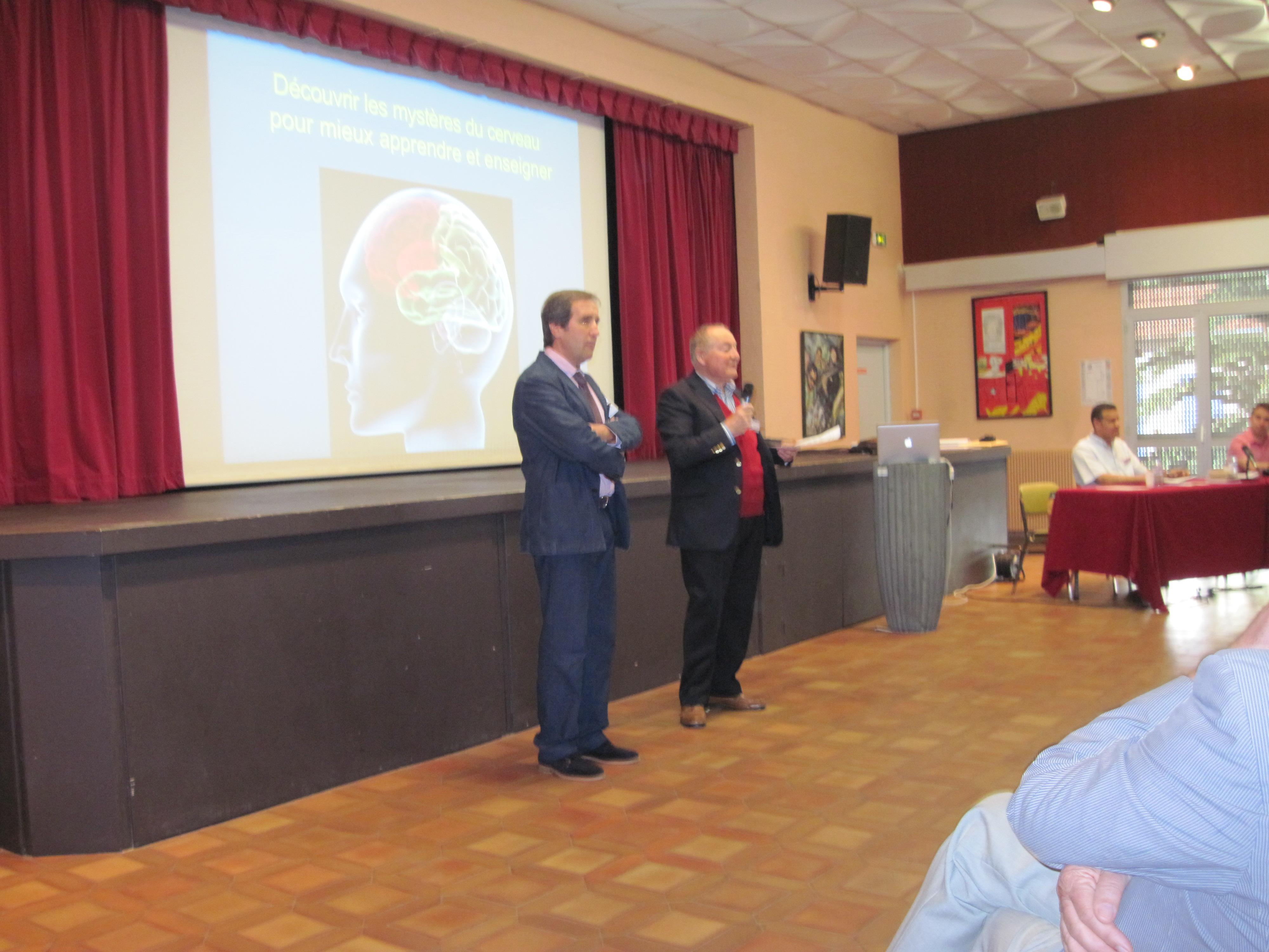 Le Dr Jacques Manya, Maire de Collioure, et le Dr Pierre Huc ouvrent le Symposium
